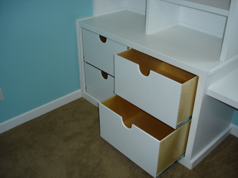 Pull-out drawers for additional storage